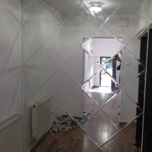 oglinda romb clara